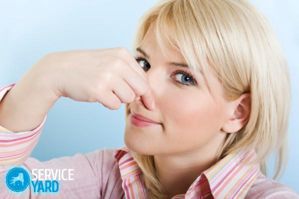 woman-holding-nose-stink